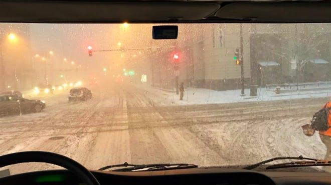 Schneefall unterwegs