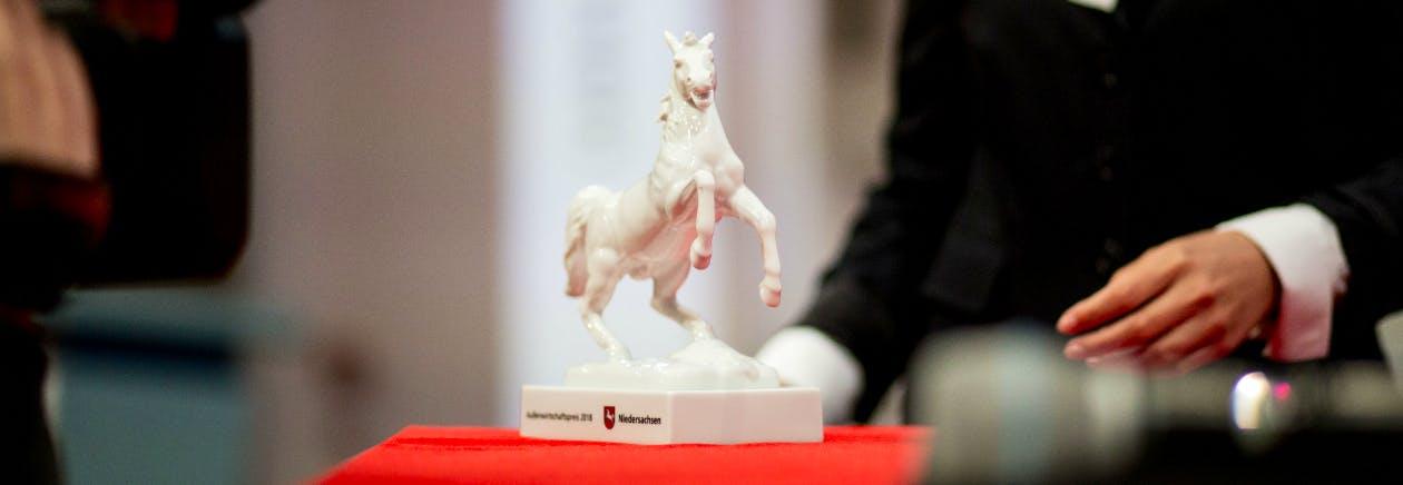 Außenwirtschaftspreis 2018: Porzellanpferd