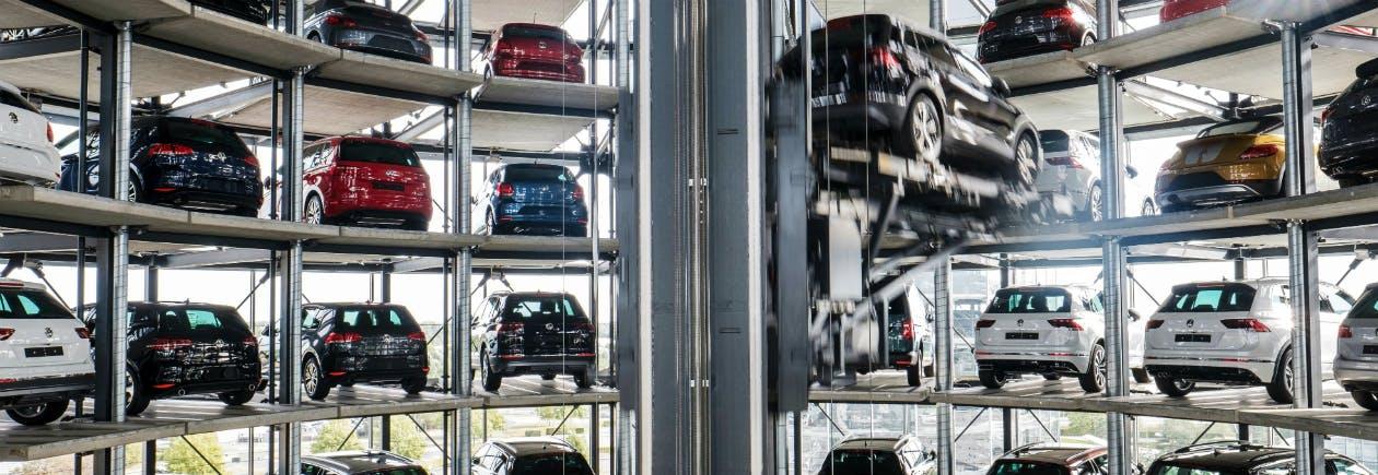 Autoturm der Autostadt in Wolfsburg