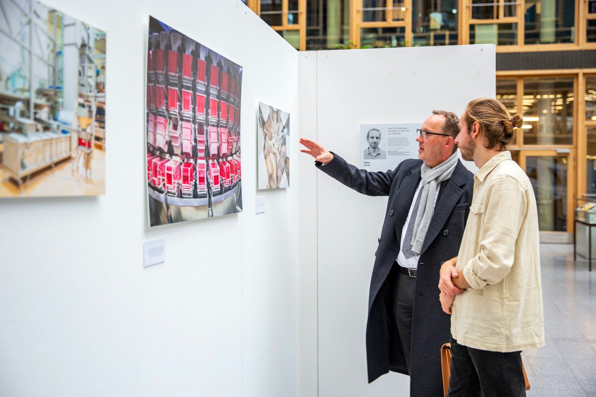 VERNISSAGE Fotoprojekt 2019 mit Hochschule Hannover
