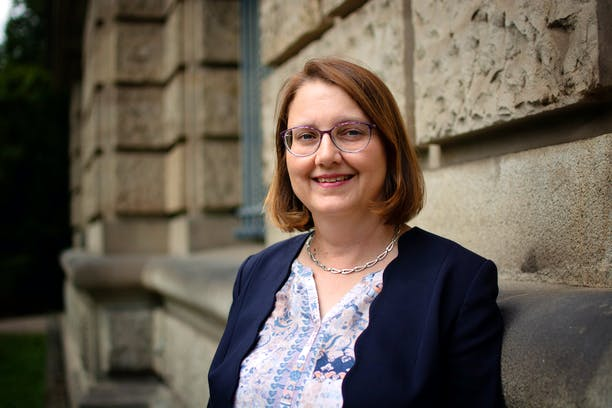 Dr. Anne Hopert